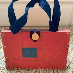 Handbags - super sweet story time purse